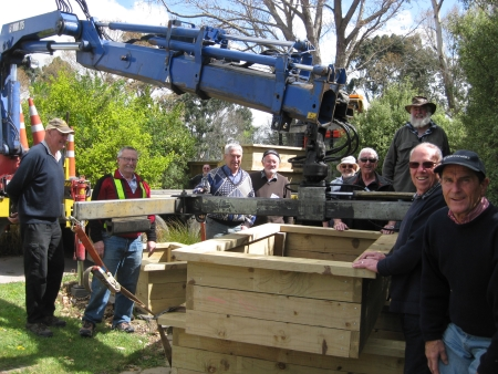 MeNZ Shed and Rotary members with Abbeyfield planter boxes